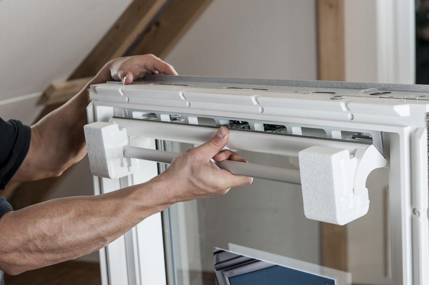 Fabulous Anleitung: Velux Dachfenster selber einbauen ET75