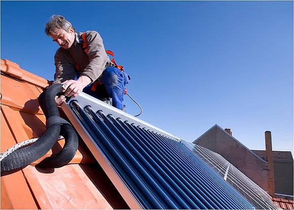 Solaranlagen Köln wann lohnt eine anlage für solar warmwasser
