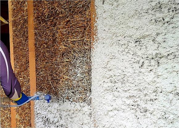 Lovely Aufbringen Eines Kalkputzes Auf Eine Strohwand. (Foto: Dirk Scharmer /  FASBA / FNR