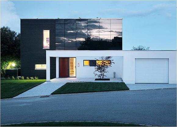 photovoltaik fassade konstruktion und praxisbeispiele. Black Bedroom Furniture Sets. Home Design Ideas