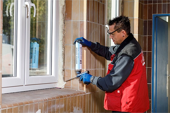 Fabulous Fenstermontage: Normen, Abdichtung & Befestigung HF75