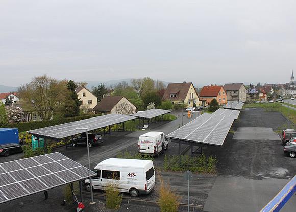 Experten Ratgeber Aufbau Und Kosten Von Solarcarports