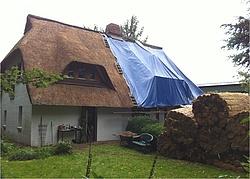 fachm nnisches dachdecken einfach erkl rt. Black Bedroom Furniture Sets. Home Design Ideas
