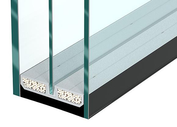 3 fach verglasung durch den abstandhalter swisspacer triple kannen dreifachverglasungen leichter ausgefa 1 4 hrt werden und der primare randverbund benatigt nur beschlagt von aussen